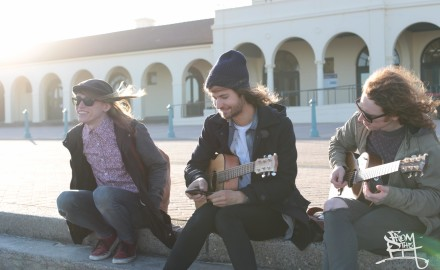 The Getaway Plan busking on Bondi Beach